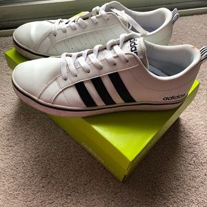 Adidas Neo Pace VS Sneakers